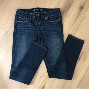 American Eagle skinny straight dark was jeans